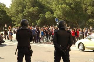 policía-masas-674x448